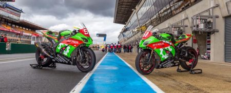 Les Kawasaki du Team Motostand Endurance. Photo Philippe Saccaro